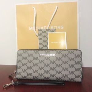 Michael Kors black & grey wallet (tags + bag)